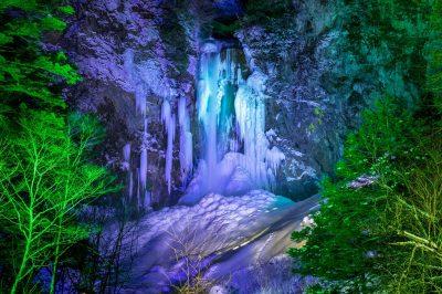 平湯大滝,ライトアップ,結氷まつり